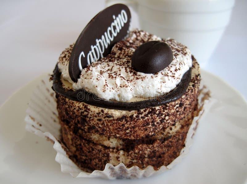 Cappuccino de gâteau images libres de droits
