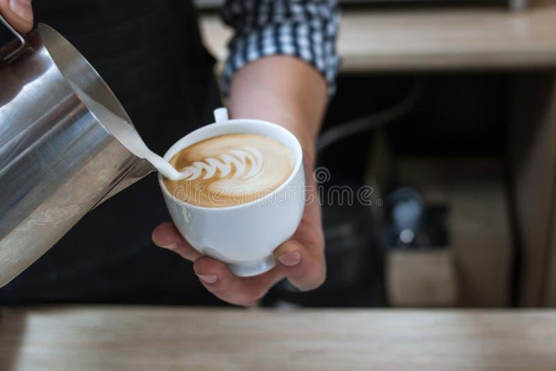 Cappuccino för dekor för barista för cafeteriamenyrecept royaltyfri bild