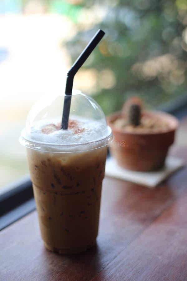 Cappuccino fresco foto de stock royalty free