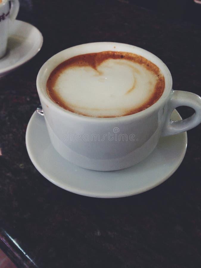 Cappuccino in Italien lizenzfreie stockfotografie