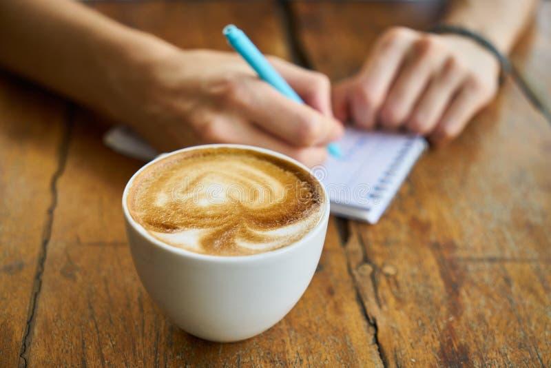 Καφές, Cappuccino, Latte, οριζόντια άσπρο