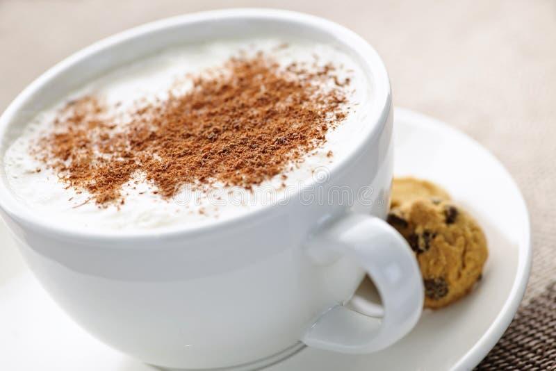 Cappuccino o café del latte imagenes de archivo
