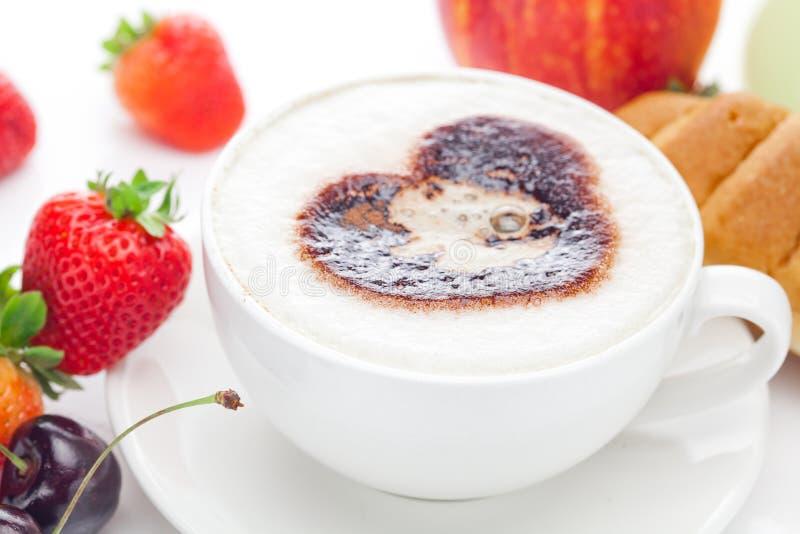 Cappuccino und Früchte stockfotografie
