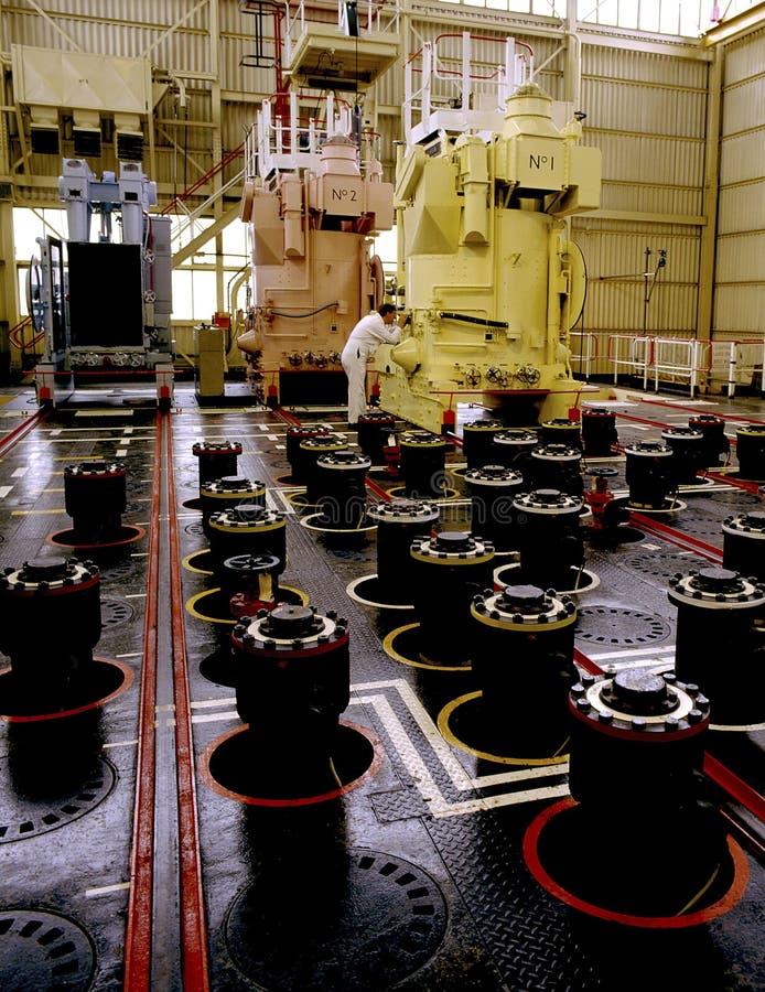Cappuccio di mucchio elettrico nucleare sopra un reattore nucleare fotografia stock