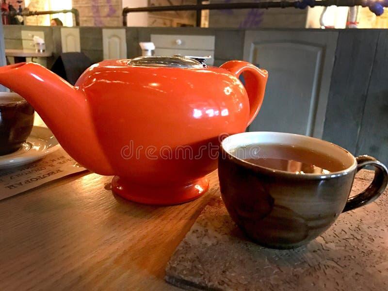 Cappuccio di tè fotografie stock