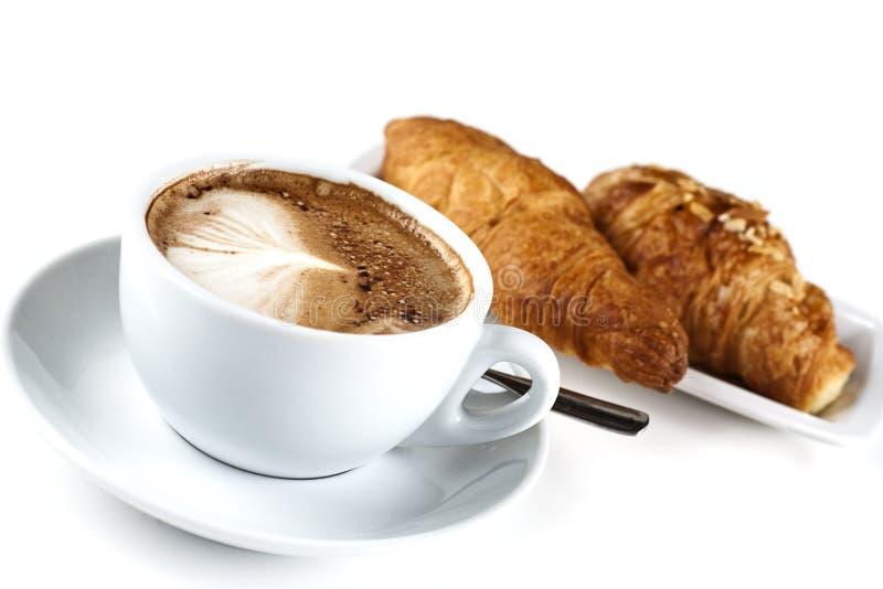 Cappuchino con il Croissant fotografia stock