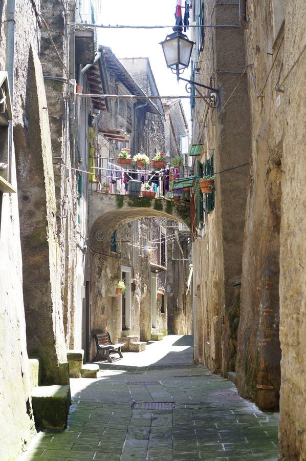 Caprarola ulica, Włochy zdjęcie royalty free