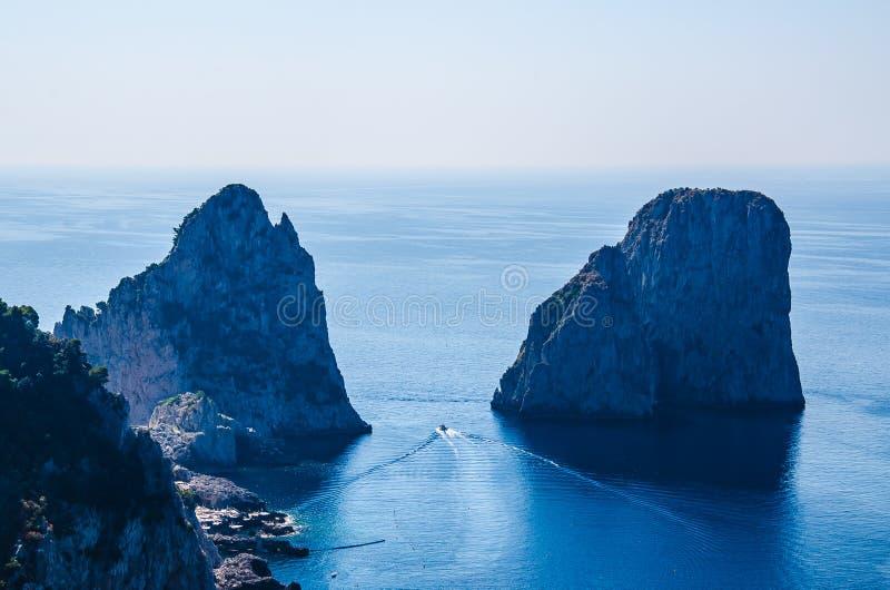 Capri i morze obraz stock