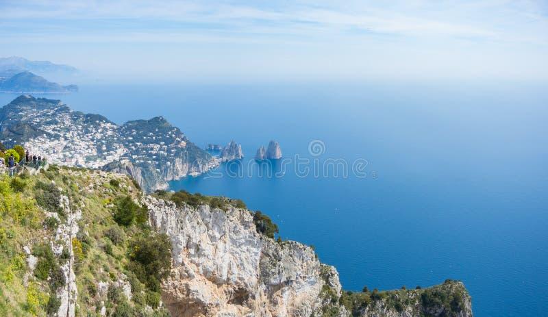 Capri Naples Piękny i słynny Faraglioni obraz stock