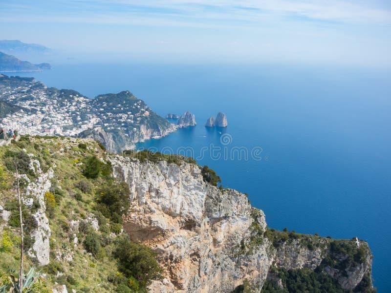 Capri Naples Piękny i słynny Faraglioni fotografia stock