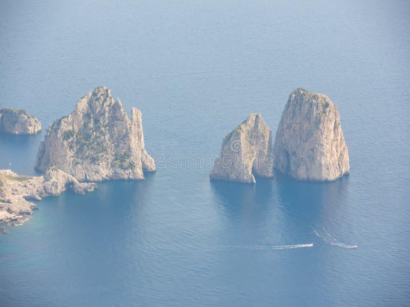 Capri Naples Piękny i słynny Faraglioni zdjęcia stock