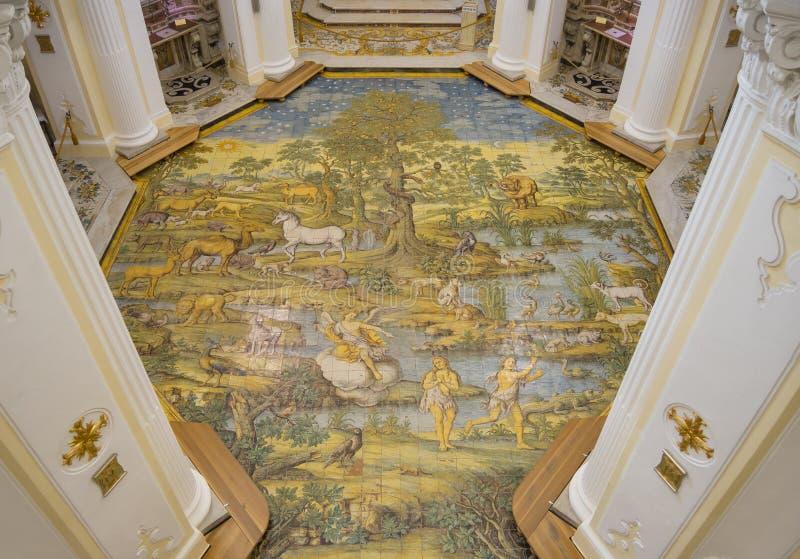 Capri, Neapel, Italien Das Majolikabodenmosaik der Kirche von St Michael der Erzengel stockbilder