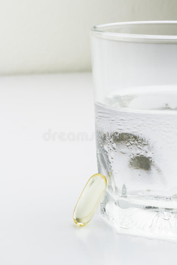 Capsule Omega 3 d'huile de poisson photographie stock