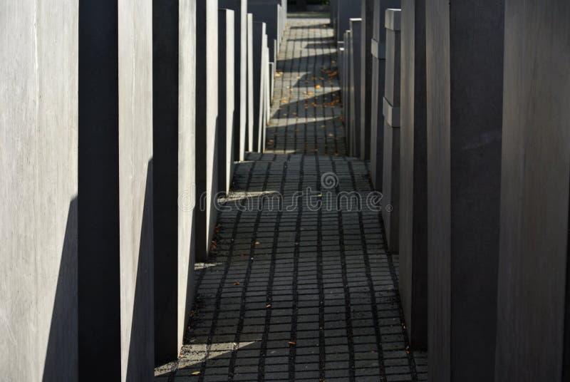 Capturado pelo memorial do holocausto de Berlim ilustração do vetor
