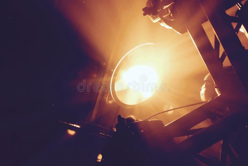 Capture d'écran d'un projectile lumineux vers le haut photos stock