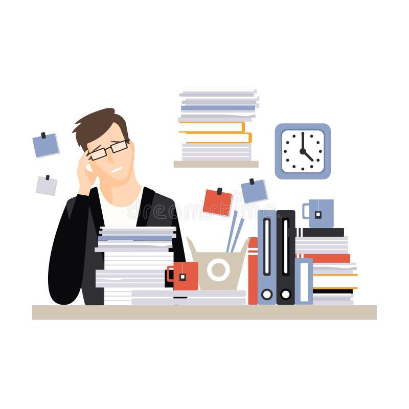 Carácter cansado joven del hombre de negocios que se sienta en el escritorio que tiene mucho trabajo con los documentos, vida de  ilustración del vector