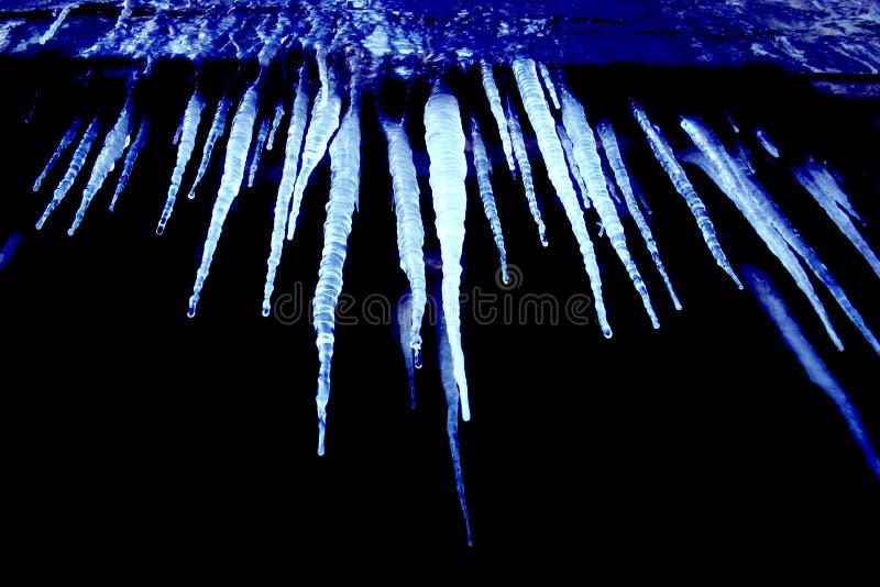 Carámbanos Azules Fríos Fotografía de archivo
