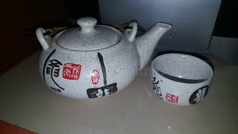 Caráter do japonês do teapod do tea party imagem de stock royalty free