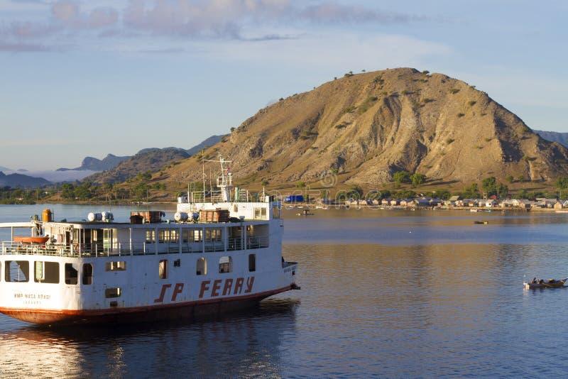 Car-ferry d'île photos libres de droits