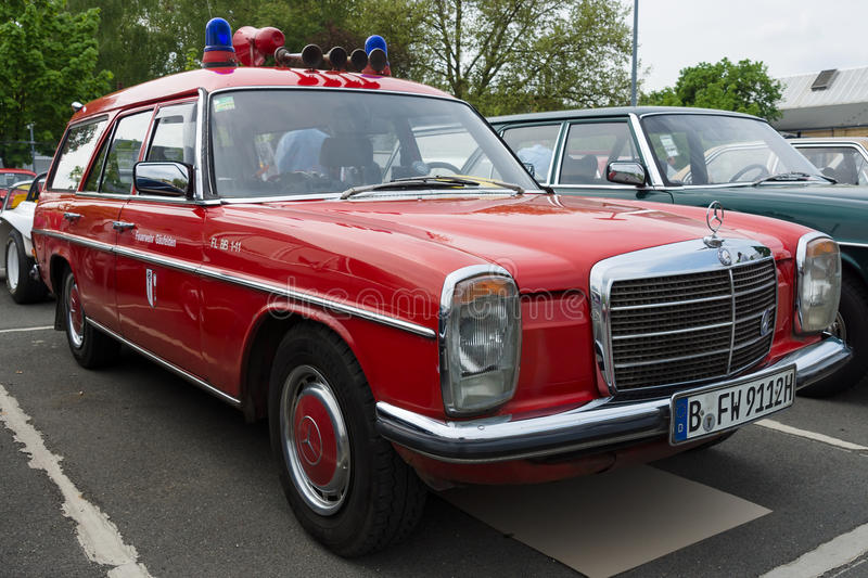 car fire service mercedes benz w114 station wagon