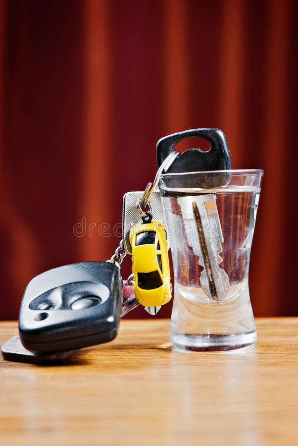 Free Car Key And Wodka Glass Royalty Free Stock Photo - 20091405