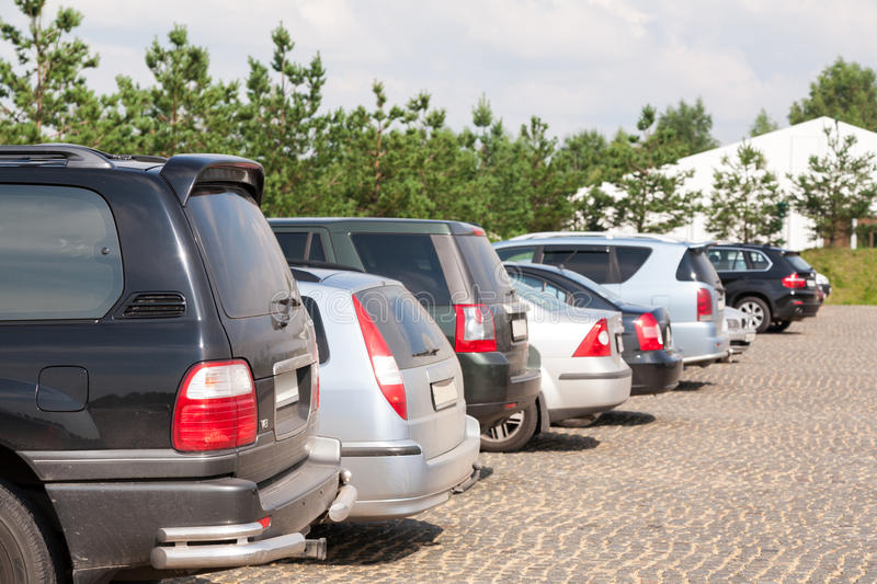 Download Car Parking In Sports And Entertainment Complex Foxhole Editorial Stock Image - Image: 32976704