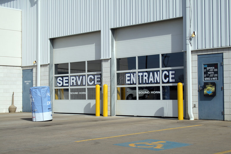 Download Car repair and service stock photo. Image of entrance - 8847410