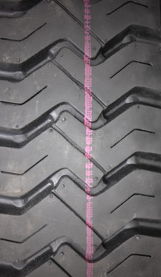 Free Car Tire Stock Images - 25785724