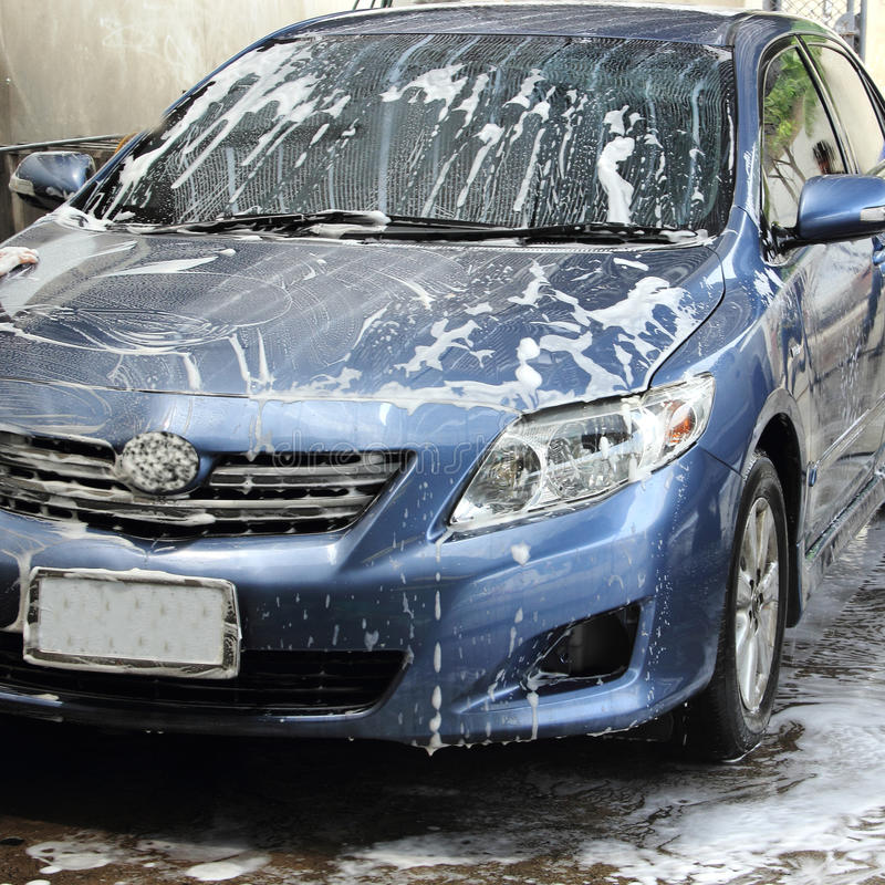 Free Car Wash Stock Photography - 34969582