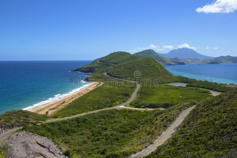 Caraïbisch panorama van St. Kitts.and.Nevis, royalty-vrije stock foto's
