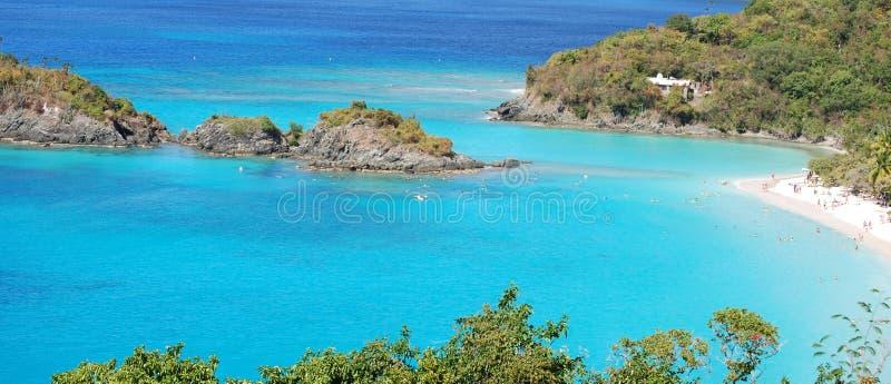 Caraïbische Baai met Zwemmers stock foto's