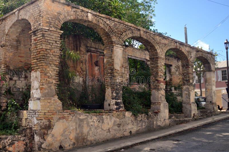 Caraïbische ruïnes op het eiland van St Croix stock foto's