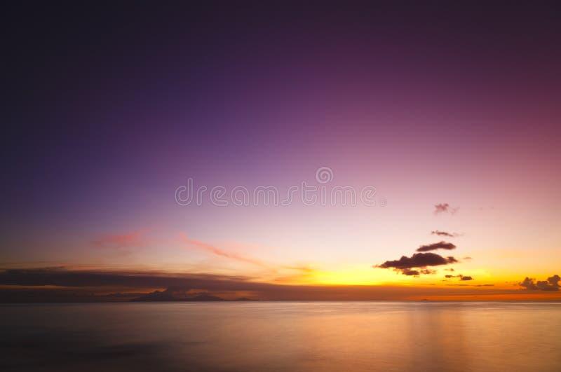 Caraïbische Volcano Eruption Sunset, Antigua stock foto