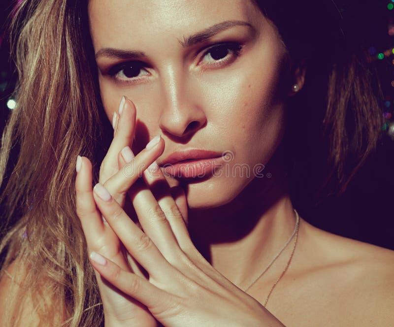 Cara bonita da jovem mulher com fim fresco limpo da pele acima Retrato da beleza Conceito da juventude e dos cuidados com a pele  fotos de stock royalty free