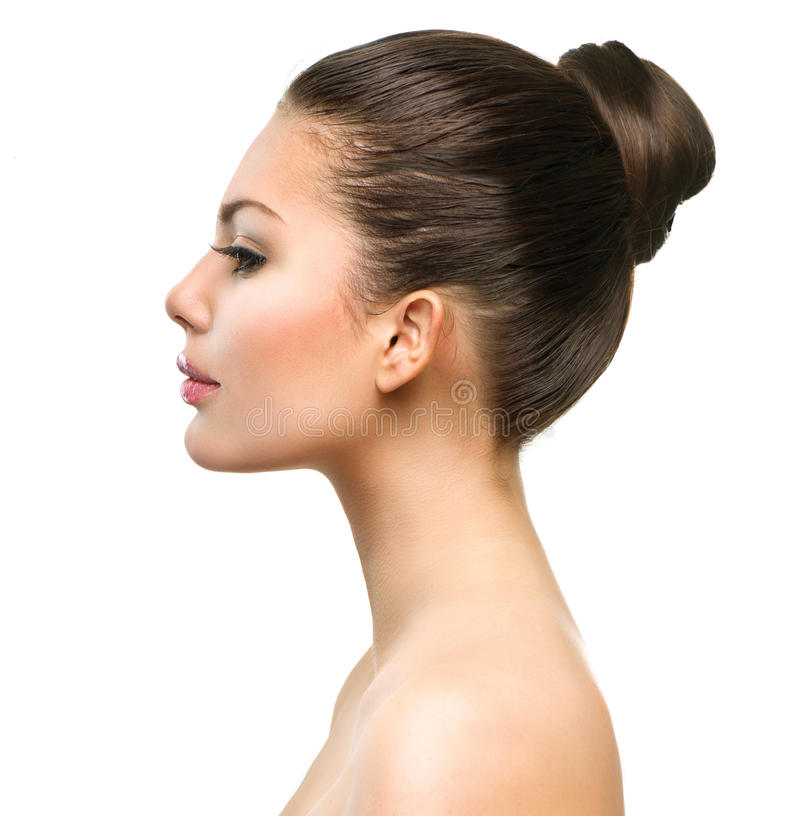 Cara bonita do perfil da jovem mulher foto de stock royalty free