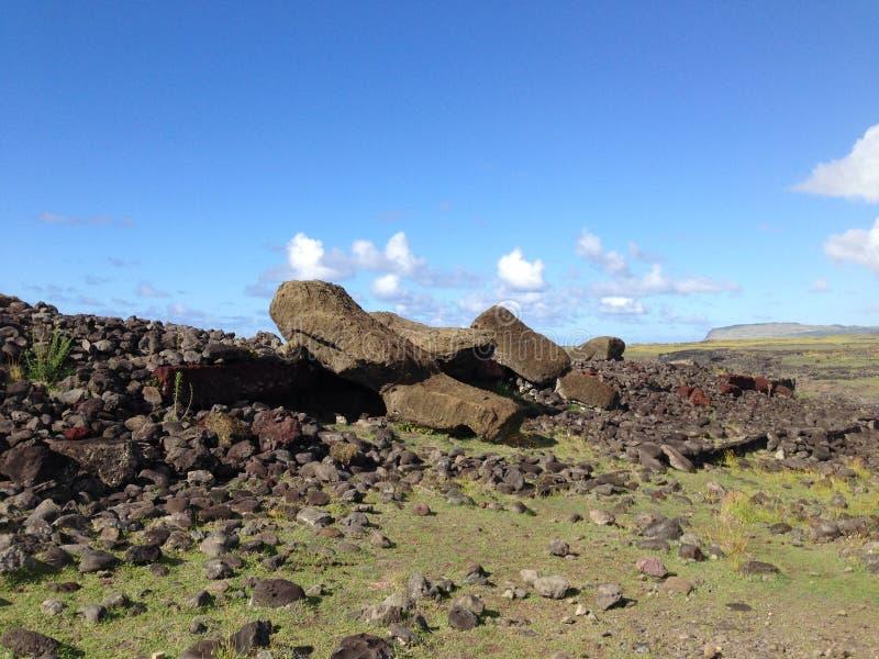 Cara caída Moai para baixo imagem de stock royalty free