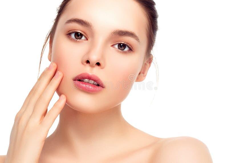 Cara colorida de la mujer del maquillaje, wi morenos hermosos del maquillaje del verano foto de archivo libre de regalías