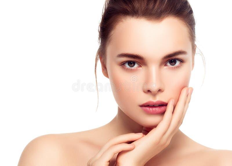 Cara colorida de la mujer del maquillaje, wi morenos hermosos del maquillaje del verano imagen de archivo