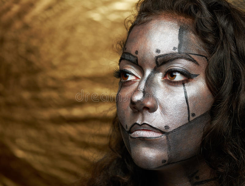 Cara com máscara do metal imagens de stock