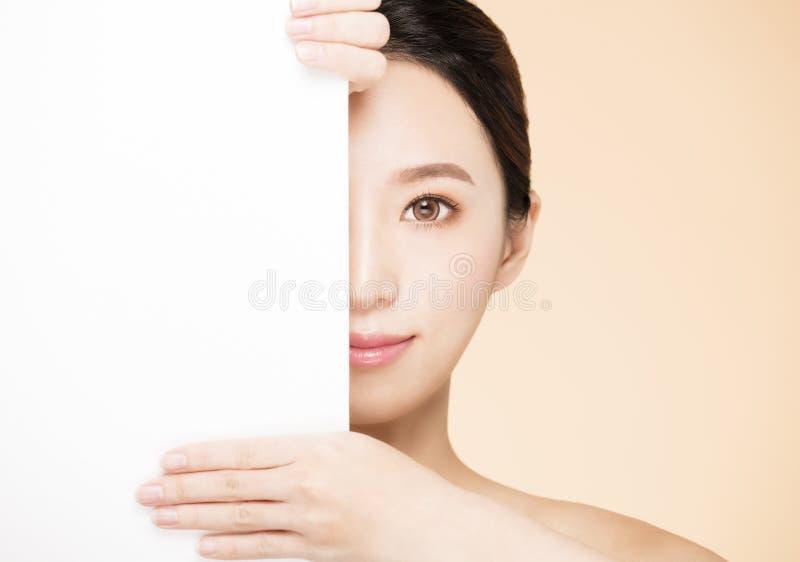 Cara da beleza com conceito vazio da placa imagem de stock royalty free