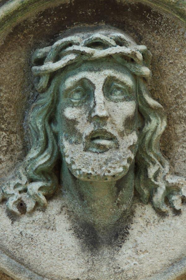 Cara da coroa de Jesus Christ de espinhos (estátua) imagem de stock