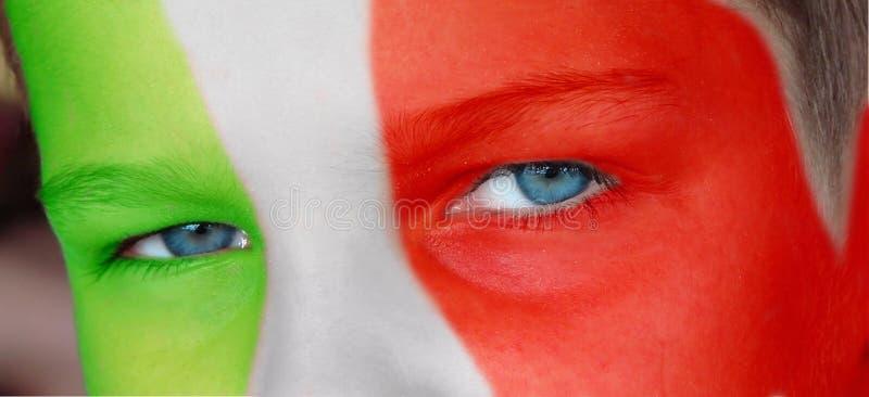 Cara da criança com uma bandeira italiana pintada fotos de stock royalty free