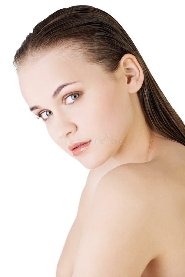 A cara da mulher bonita com pele limpa fresca foto de stock royalty free