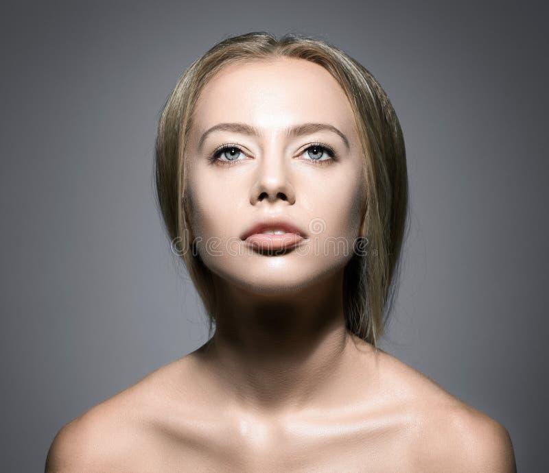 Cara de la mujer de la belleza fotos de archivo libres de regalías