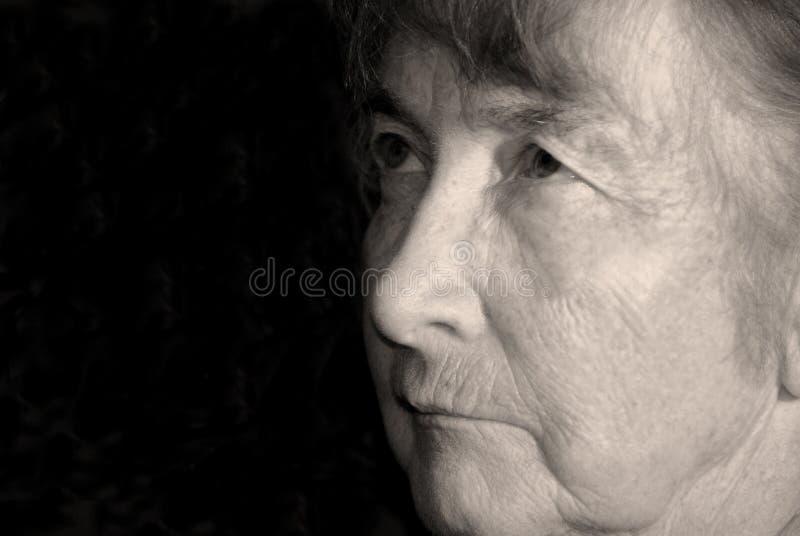 Cara de la mujer mayor fotos de archivo