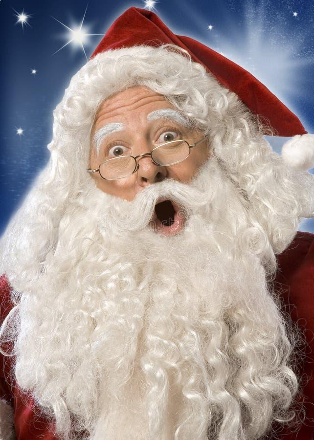 Cara de la sorpresa de Papá Noel (camino de w/clipping) fotos de archivo