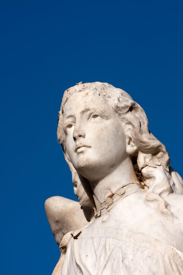 Cara de piedra del ángel fotos de archivo libres de regalías