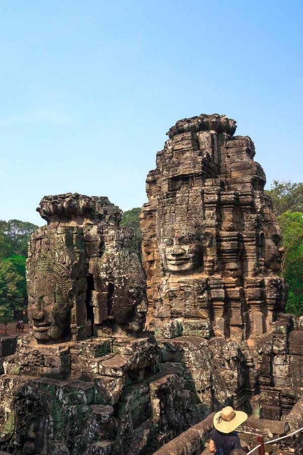 Cara del Bodhisattva Loki State Ice King en el templo de Bayon, Cambodi fotos de archivo