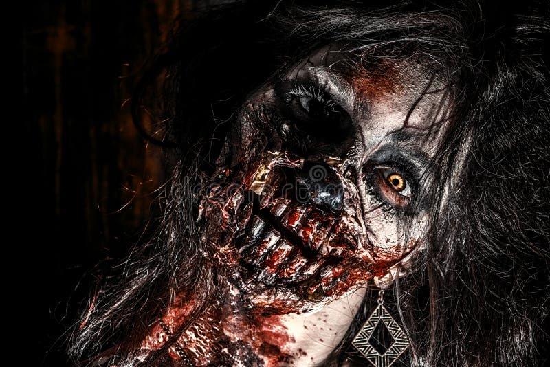 Cara do zombi fotografia de stock royalty free