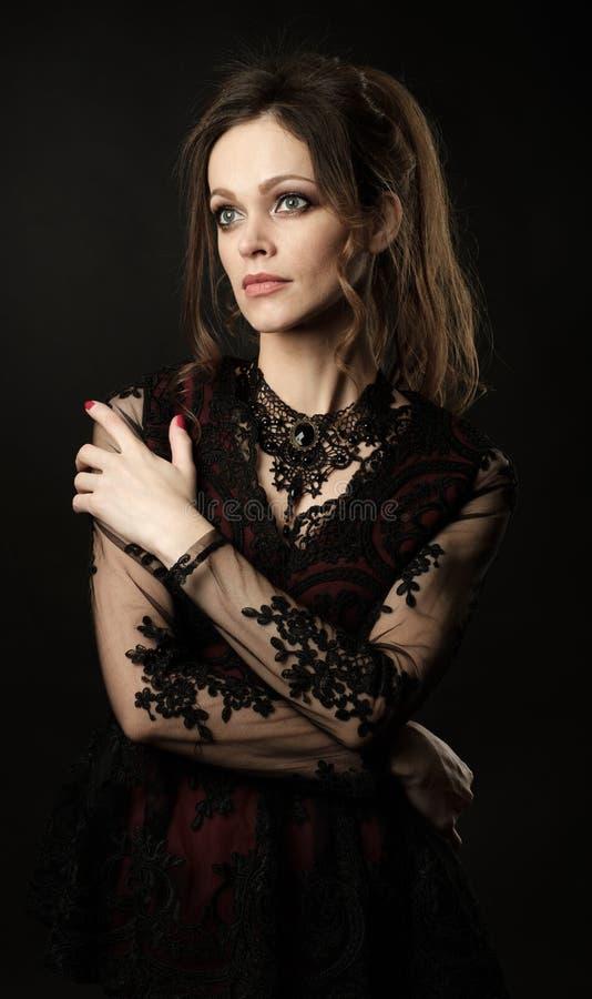 Cara femenina hermosa foto de archivo libre de regalías